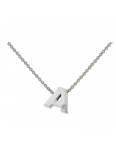 Collar con letra A en oro blanco de 18k con diamante